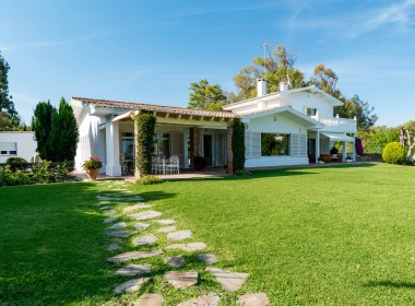 First Line Beach Villa Guadalmina