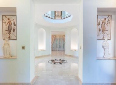 Luxurious villa in Sierra Blanca