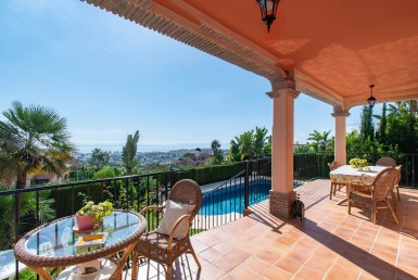 Andalusian Villa with Panoramic Views