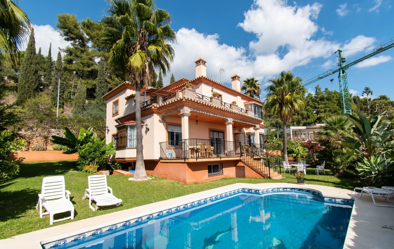 Andalusian Villa with Panoramic Views