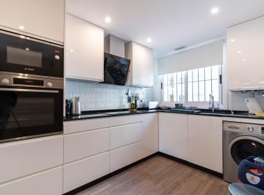 Modern Apartment in Guadalmina Alta